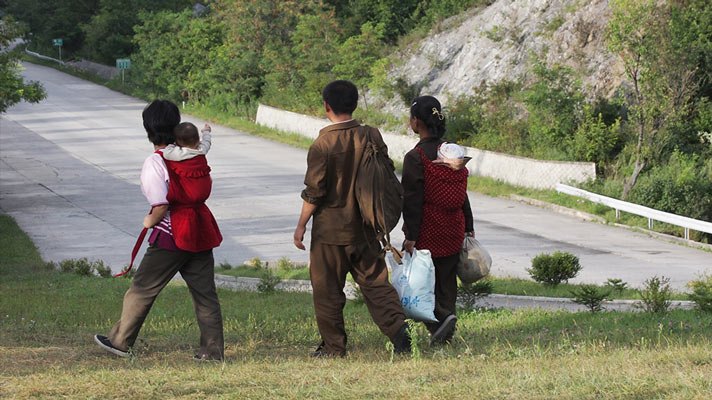 Young families, mothers with babies. Near Wonsan, North Korea.